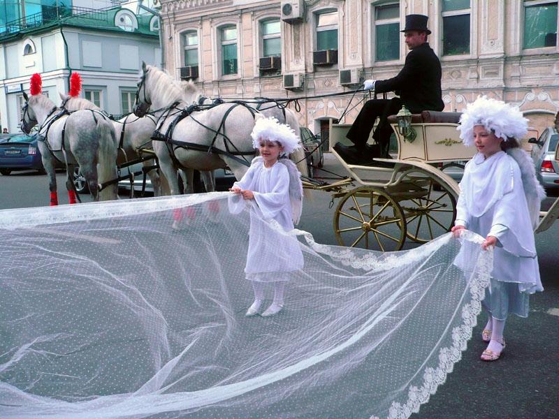 14072721822 Дети на свадьбе: как не дать заскучать и объяснить о смысле свадьбы.