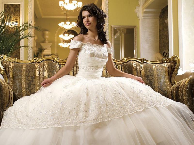 1408170878_CE_O Свадебное платье: новое или напрокат?