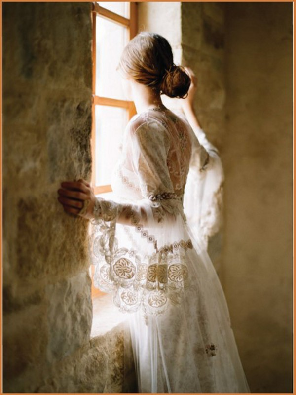 Kler-Pettibon-Vintazhnaya-Kollektsiya-Svadebny-h-Plat-ev-8 ФОТОЛИСТ № 5: Винтажная Коллекция Свадебных Платьев от Клер Петтибон