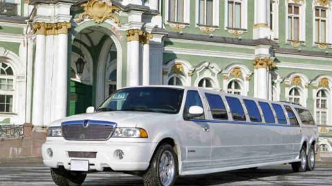 Как заказать лимузин на свадьбу без обмана?
