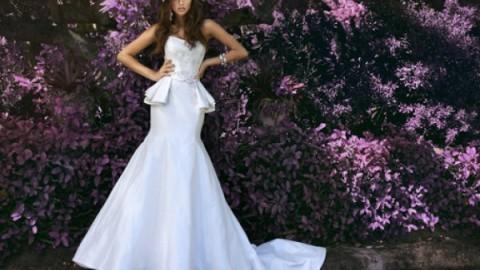 """Свадебные сказки для поклонниц баски – деталь, дополнившая """"конструкцию"""" свадебного платья"""