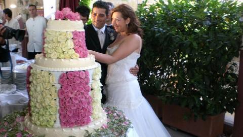 Как выбрать свадебный торт? На что следует обратить внимание при заказе торта на свадьбу?
