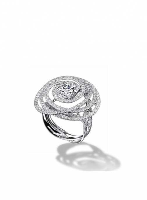 obruchalnoe-koltso-novoj-kollektsii-shanel Свадебная коллекция украшений Chanel: обручальные кольца