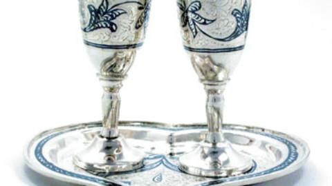 Свадебные бокалы: индивидуальное и уникальное для своей свадьбы.