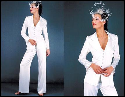 svadebnyj-kostyum-dlya-nevest-starshe-tridtsati Выбор свадебного платья для невест старше 30-ти