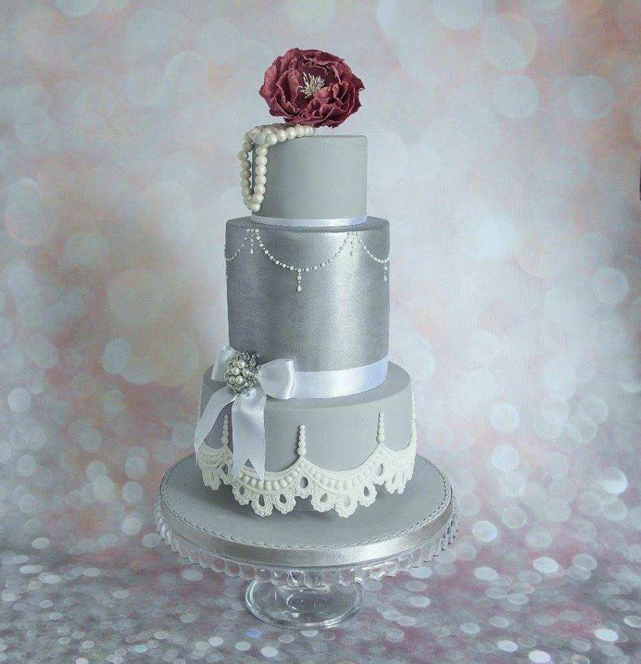 Wedding-cake-for-a-silver-wedding Свадьба и серебро- организуем изысканную свадьбу в серебрянных оттенках.