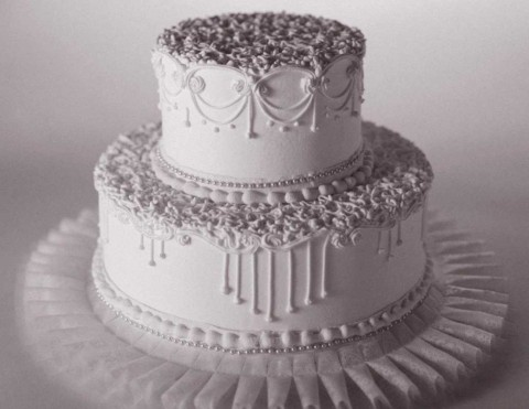 mnogodetalnyj-svadebnyj-tort-480x371 Свадебные торты,сладкий и  важный момент при организации свадьбы!