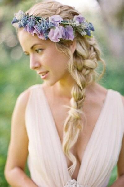 svadebnye-pricheski-v-folklornom-stile-400x600 Свадебные прически от А до Я+ бонус-300 идей