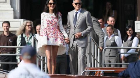 Свадебные платья с цветочным принтом, очаровательный и модный тренд в свадебной моде