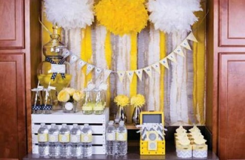 Серо-желтый Кенди Бар для украшения осенней свадьбы