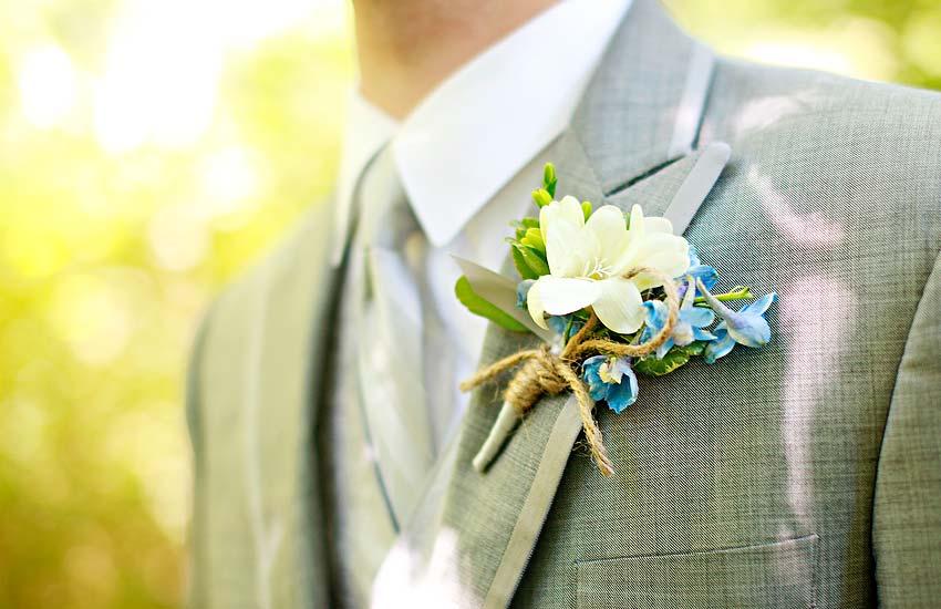 butonerka-dlya-zheniha Свадебные аксессуары для жениха, как жениху быть  еще эффектней.
