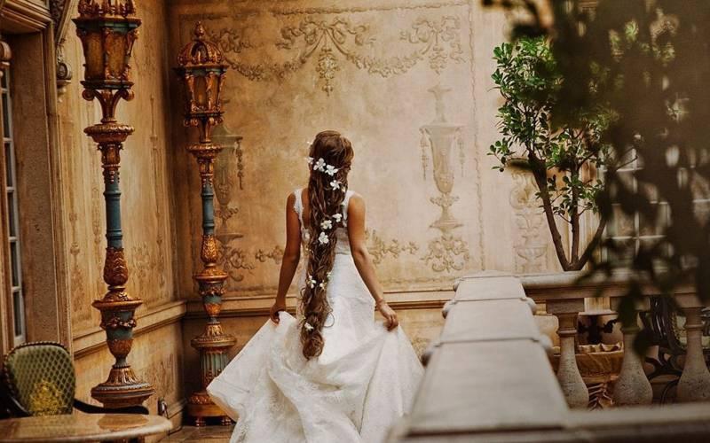svadebnye-pricheski-3 Какие бывают свадебные аксессуары для невесты