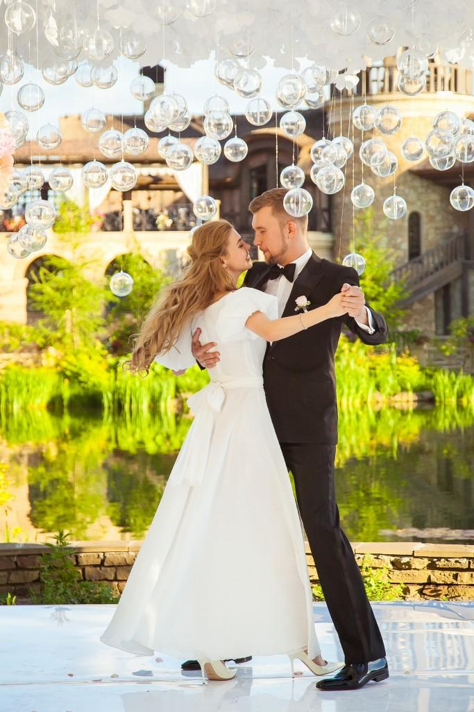 IMG_8787-683x1024 Солнечная свадьба Ильи и Елены с агентством Wedding People