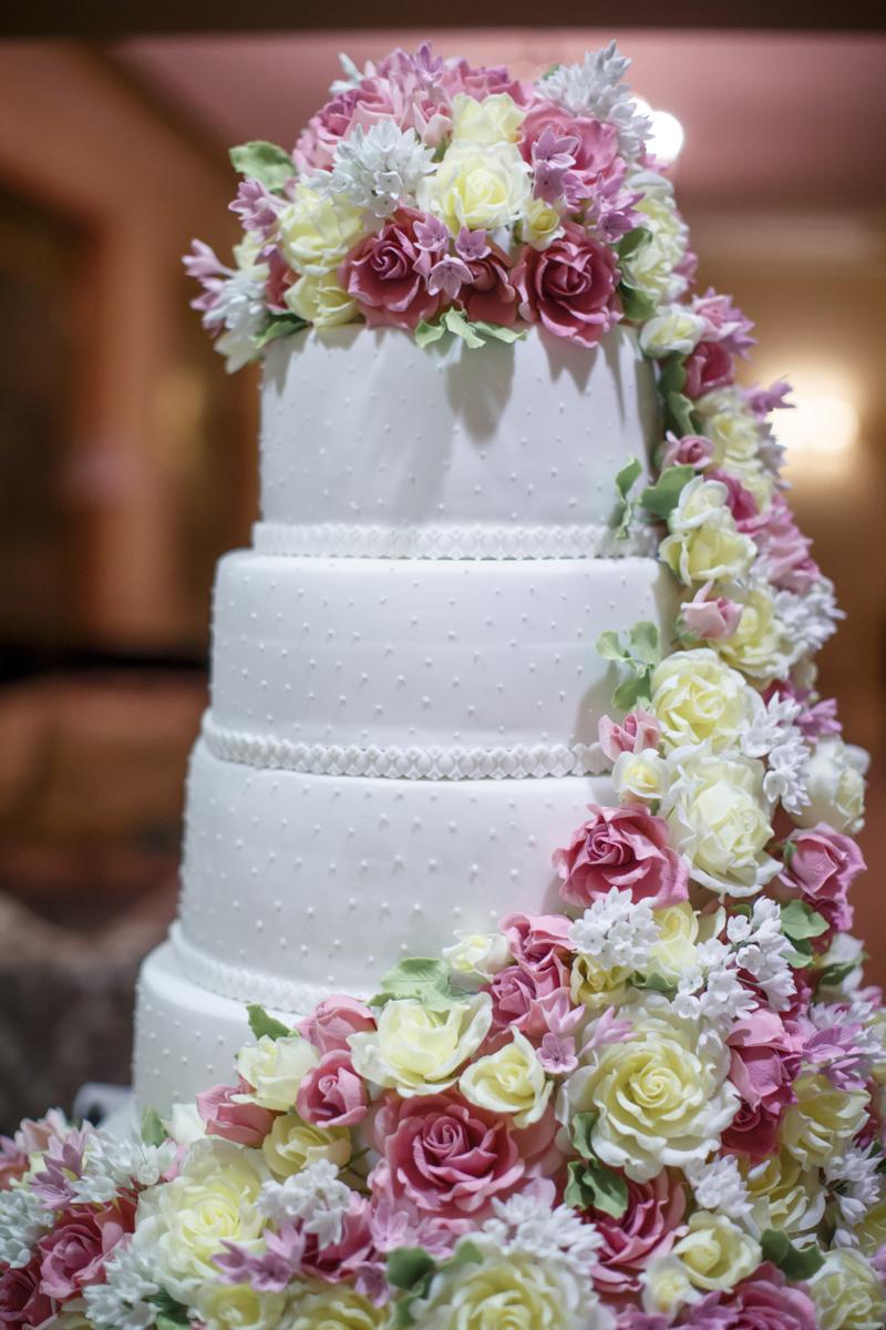 wedding-photographer-Marina-Fadeeva-134 Правильный выбор: что нужно знать о свадебном торте,- несколько советов от Елены Ширшовой