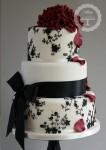 weddingcake12-106x150 Бесподобные свадебные торты от Tracy James