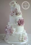 weddingcake2-106x150 Бесподобные свадебные торты от Tracy James