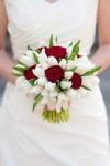 TGOWbKjDa_4-100x150 Тюльпаны в декоре весенней свадьбы