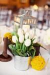 W46n_ui2IZw-100x150 Тюльпаны в декоре весенней свадьбы