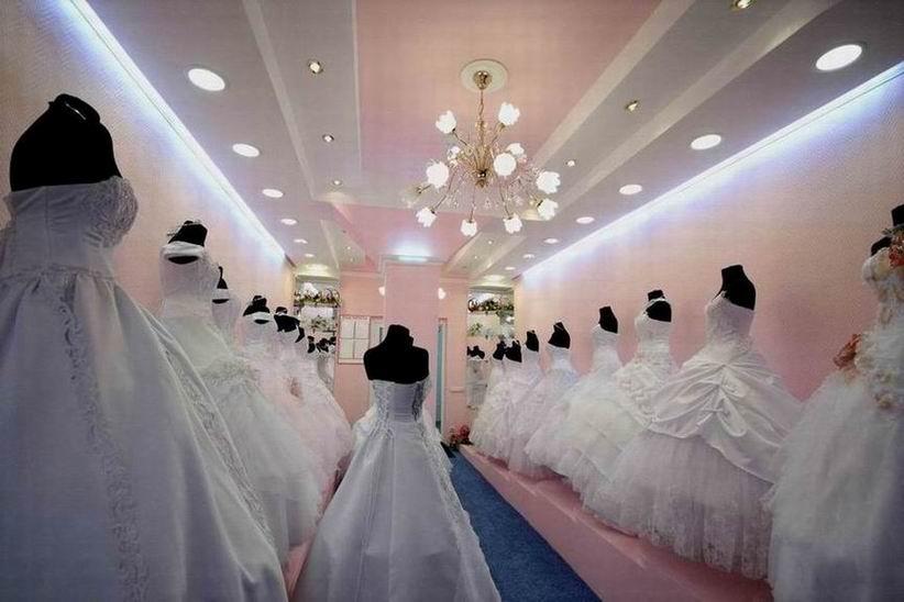 140817123301tou10g3110 Свадебное платье: новое или напрокат?