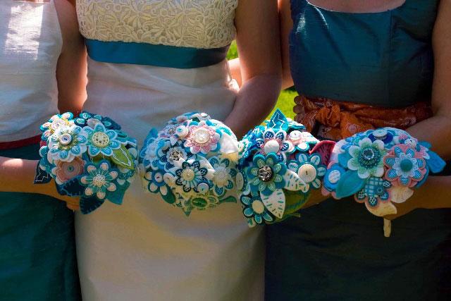 1409094901886401_28vxj05237k0kc Яркие букеты на свадьбе