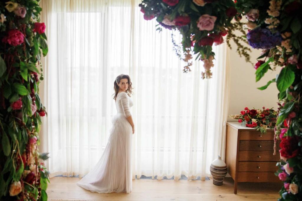 Individualnyj-poshiv-ili-gotovoe-plate-1024x682 Советы Елены Ширшовой по выбору свадебного платья
